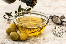 olive-oil-968657__180