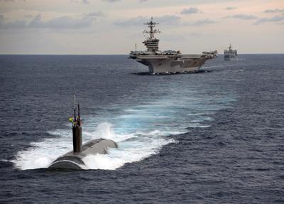 submarine-1107176