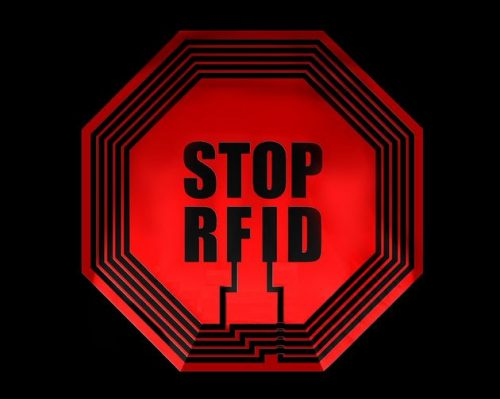 rfid-nfc-dangers-puces