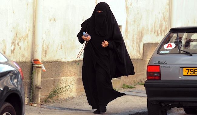 Condamnée en lrak, la djihadiste Boughedir « ne  comprend pas ».  Alors on lui explique…