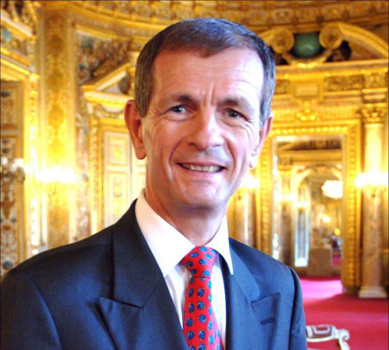 « La France doit rester la France » : même les sénateurs l'exigent !