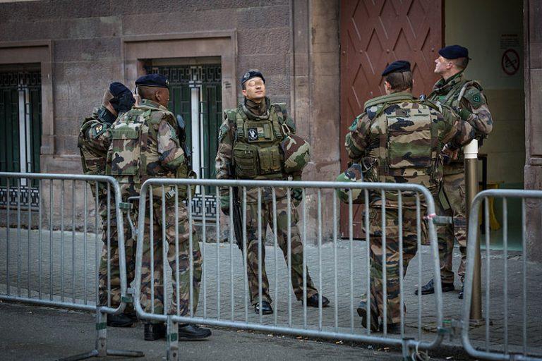 Pourquoi les militaires ne pouvaient-ils pas intervenir au Bataclan ?