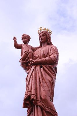 Cœur de France : le Puy Notre-Dame.