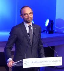 Philippe : un an d'inexistence à Matignon